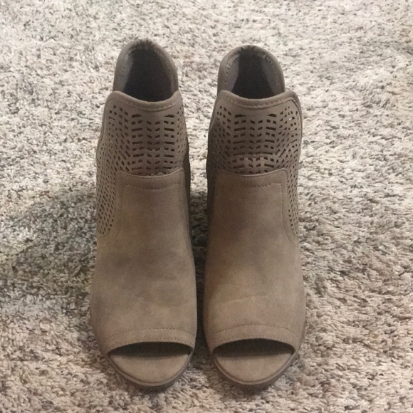 Soda Shoes   Taupe Peep Toe Booties
